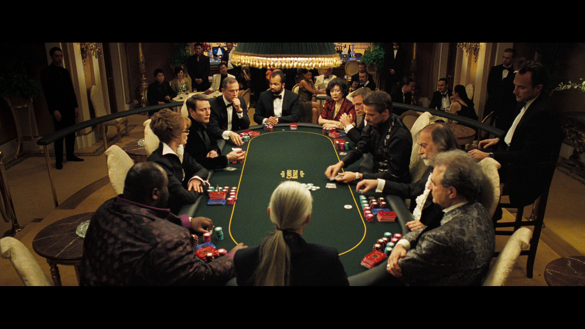 How does casino royale end casino near indianapolis